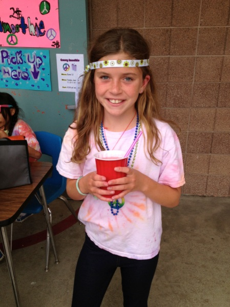 The last week of activities in Livy's class included a 70s smoothie bar!  Yum Yum