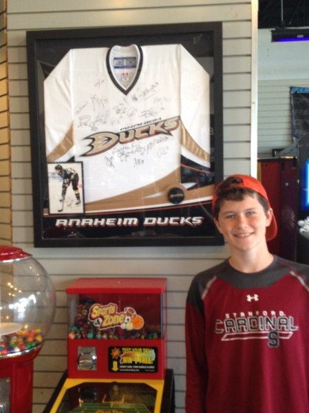 In between heats we made a stop at Max's favorite hockey complex…sponsored by the Ducks, of course!
