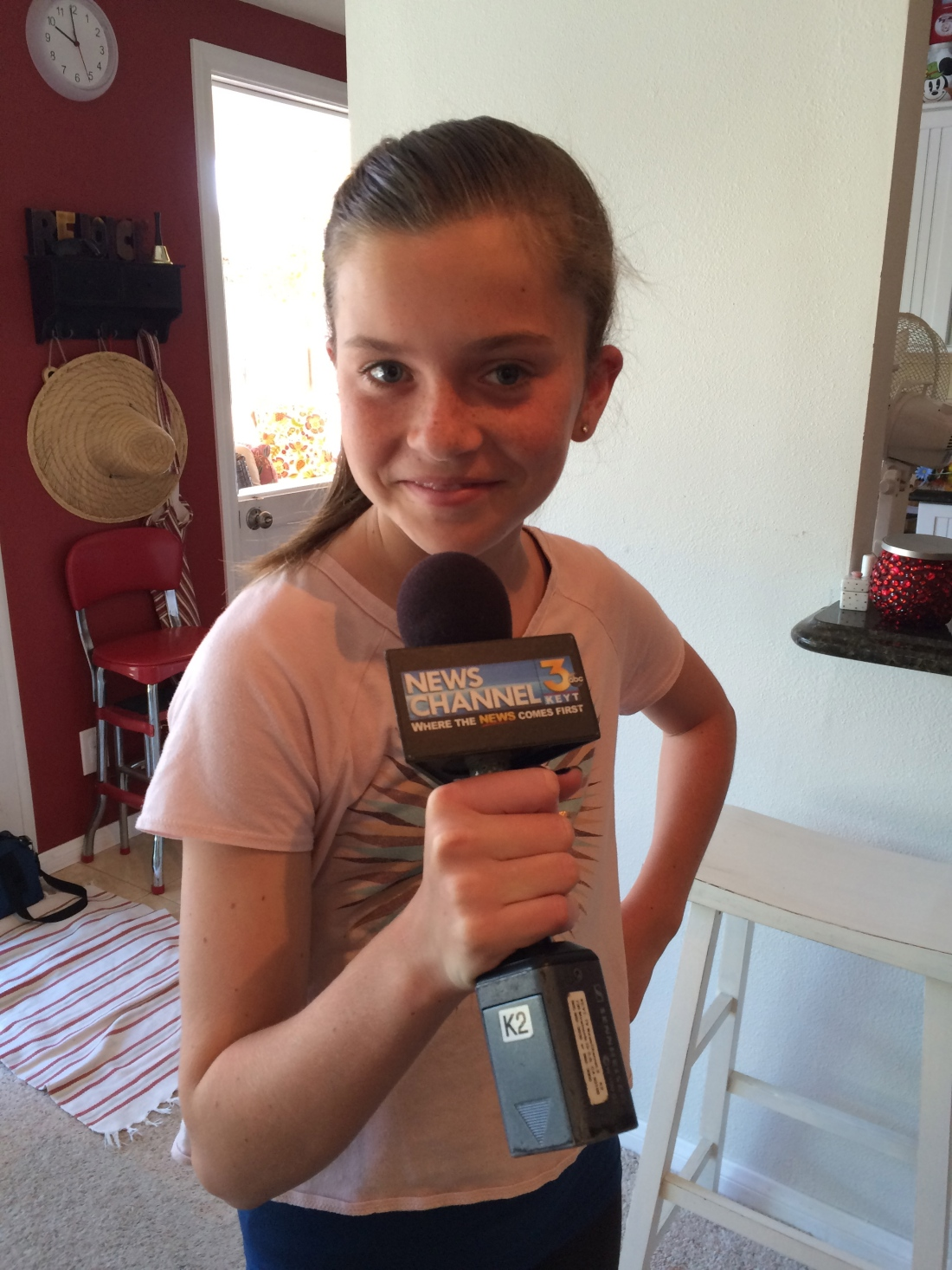 Livy tried her hand at hard-hitting reporting!