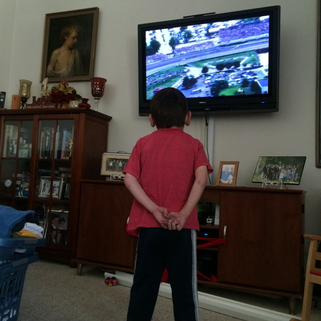 Rudy also discovered the great fun and excitement of the Indy 500...he was mesmerized!  Yay!  The tradition continues...maybe we'll take him to see the real deal someday.