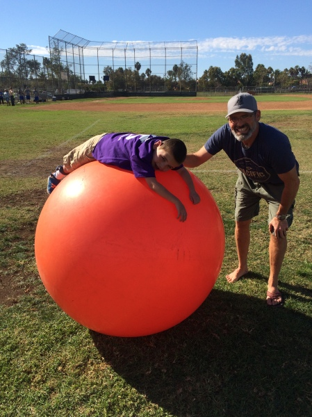 We finished our weekend with a stop at Monster Ball on Sunday...this is an annual gathering of special needs families that has become a favorite of ours over the years...Rudy loves the BIG BALLS!